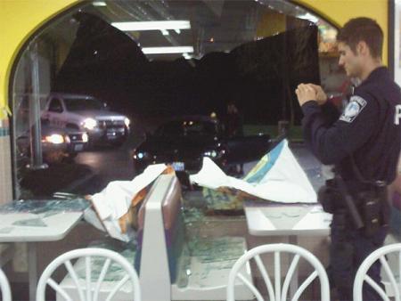 Bothell Taco Bell Crash the night of Komo4