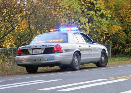 Bothell Police Car chases down dui suspect