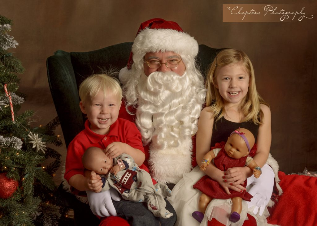 Bothell Santa pictures with Chapters Photography