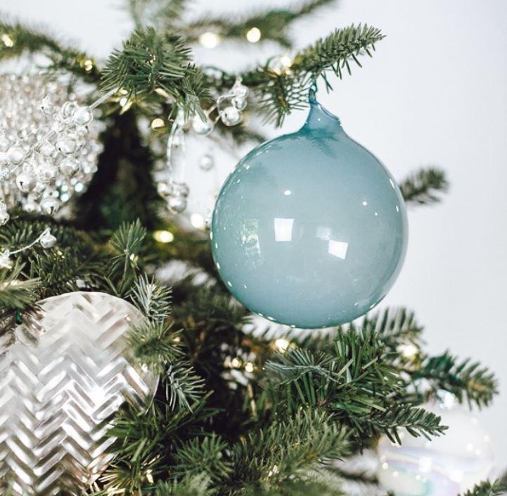 Decorent - Bothell Christmas decor rental